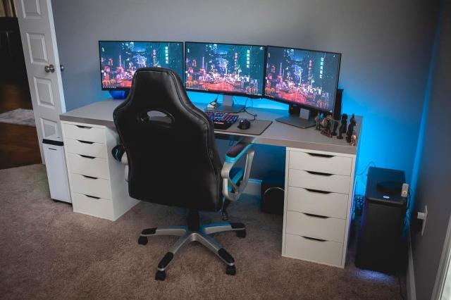 PC_Desk_155_41.jpg