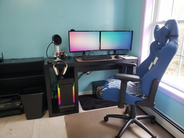 PC_Desk_155_44.jpg