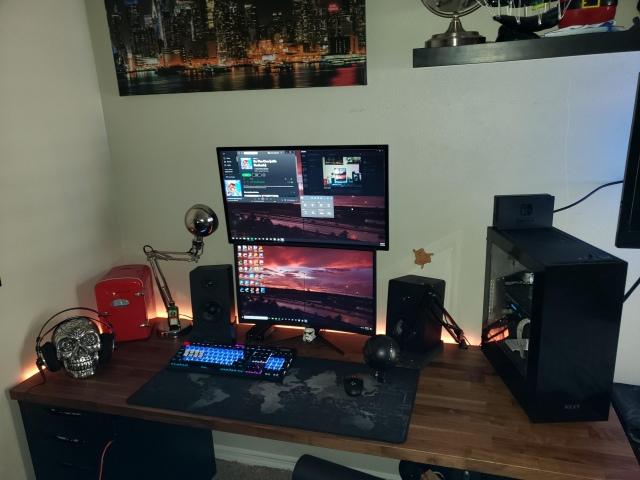PC_Desk_155_46.jpg