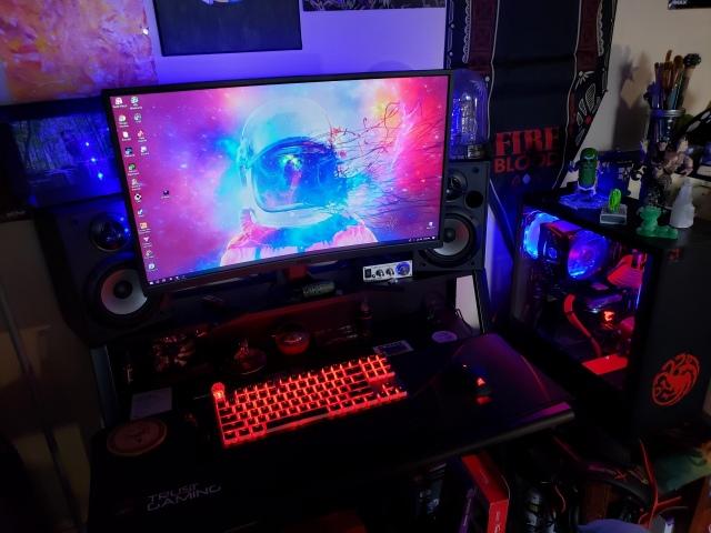 PC_Desk_155_54.jpg
