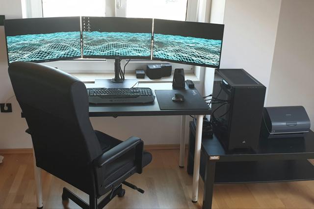 PC_Desk_155_63.jpg