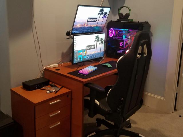 PC_Desk_155_71.jpg