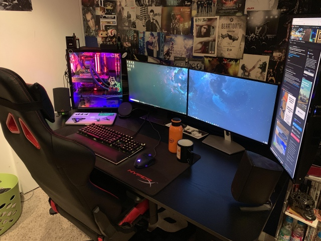 PC_Desk_156_34.jpg