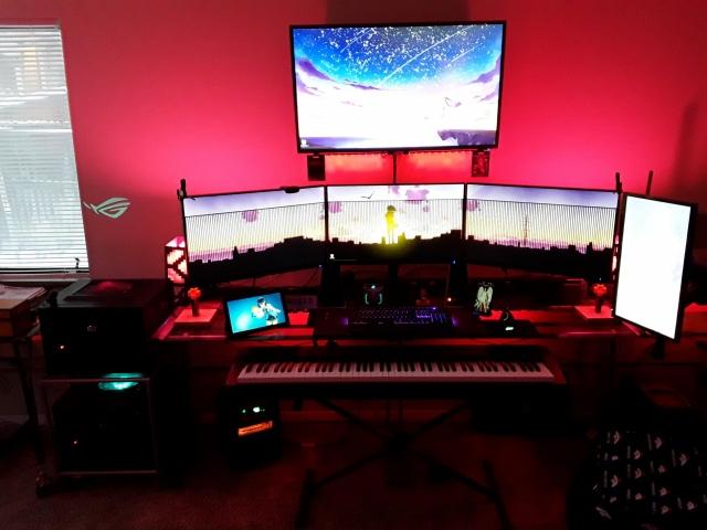 PC_Desk_156_50.jpg
