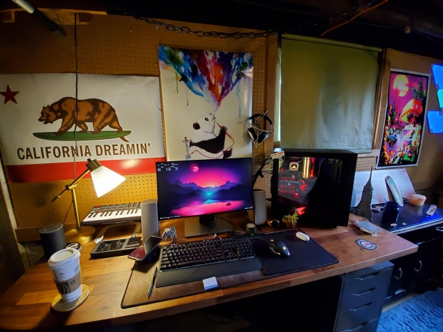 PC_Desk_156_81.jpg