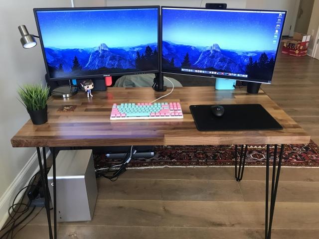 PC_Desk_157_18.jpg