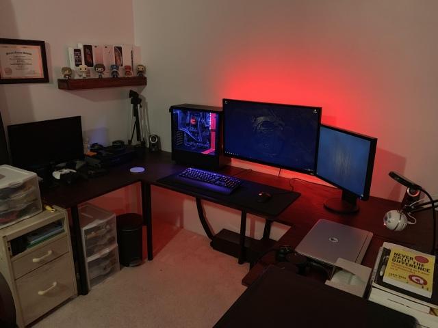 PC_Desk_157_41.jpg
