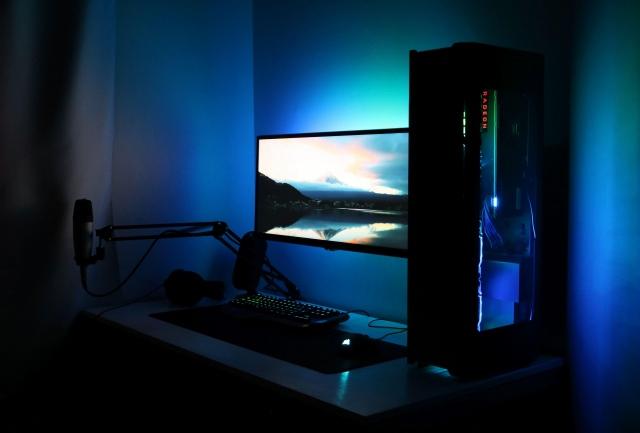 PC_Desk_157_51.jpg