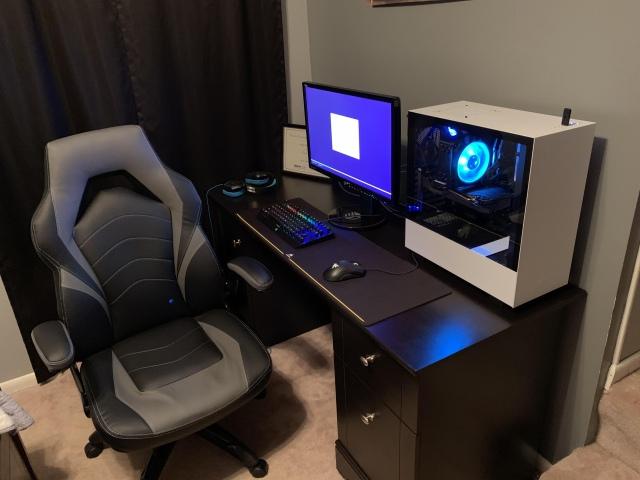 PC_Desk_157_62.jpg