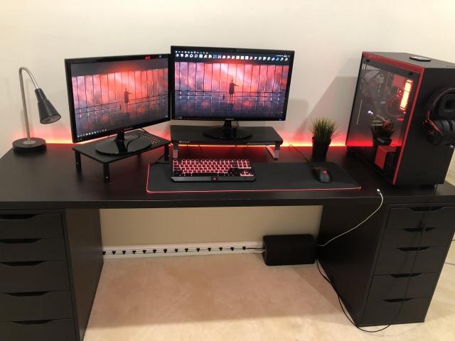 PC_Desk_157_65.jpg