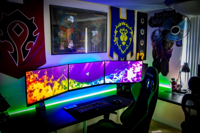 PC_Desk_157_78.jpg