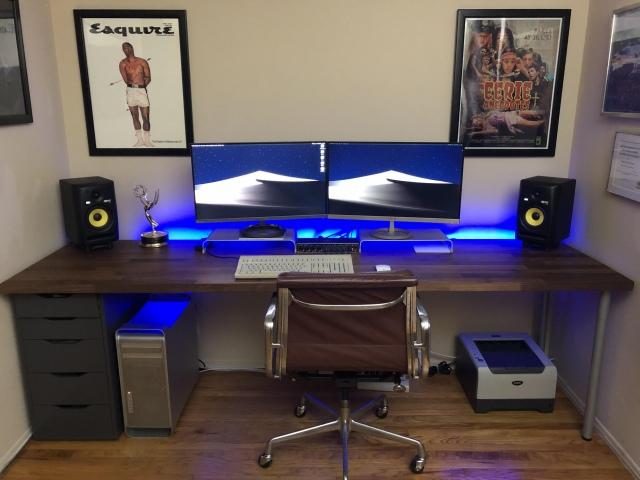 PC_Desk_157_80.jpg