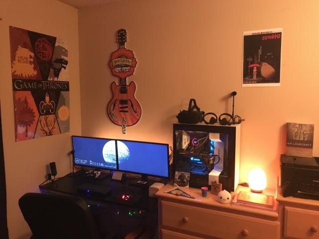 PC_Desk_157_86.jpg