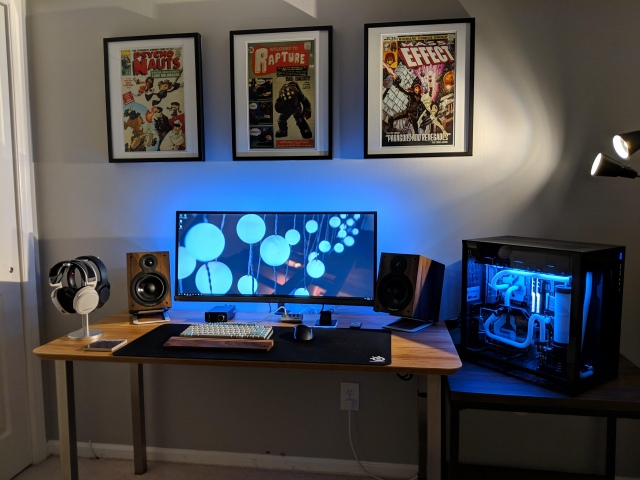 PC_Desk_UltlaWideMonitor41_49.jpg