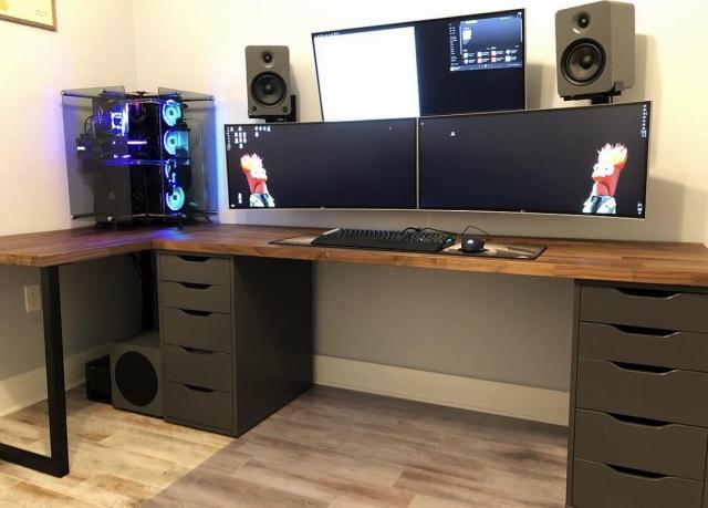 PC_Desk_UltlaWideMonitor41_75.jpg