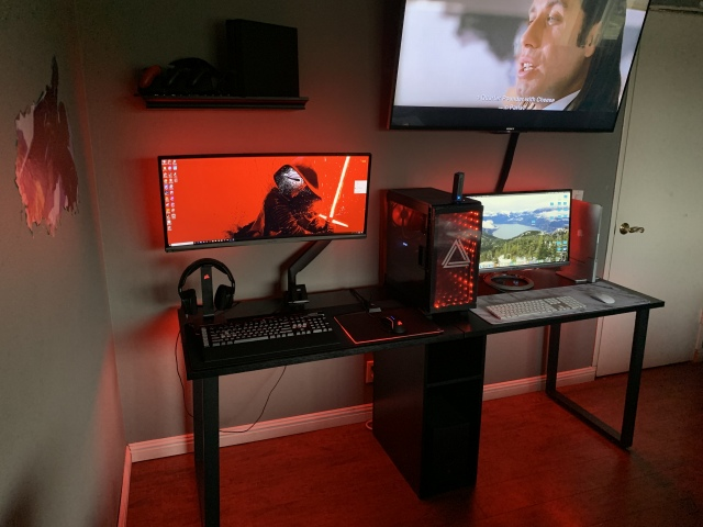 PC_Desk_UltlaWideMonitor42_40.jpg