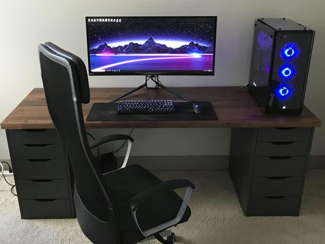 PC_Desk_UltlaWideMonitor42_48.jpg