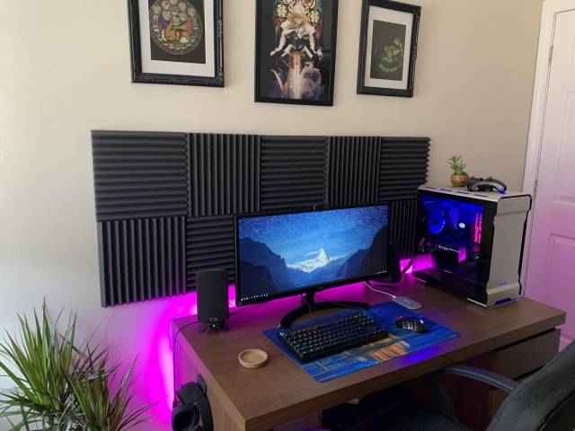 PC_Desk_UltlaWideMonitor43_61.jpg