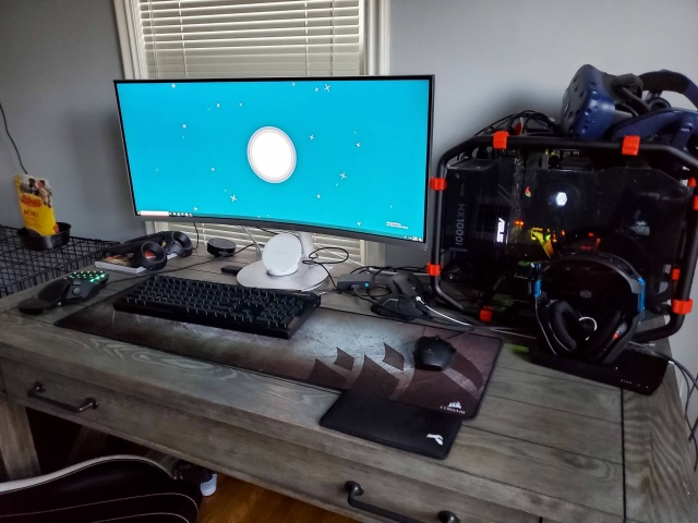 PC_Desk_UltlaWideMonitor44_20.jpg