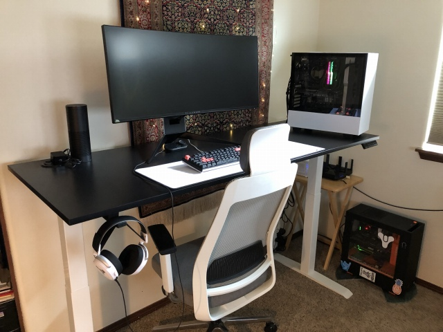 PC_Desk_UltlaWideMonitor44_71.jpg