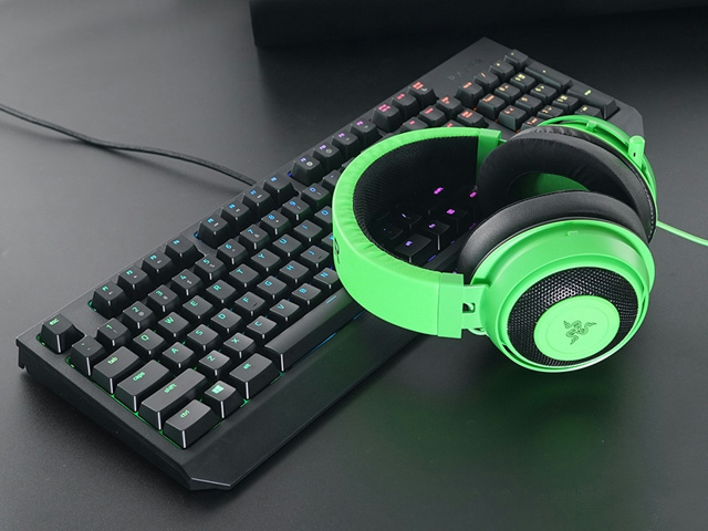 Razer_BlackWidow_2019_07.jpg