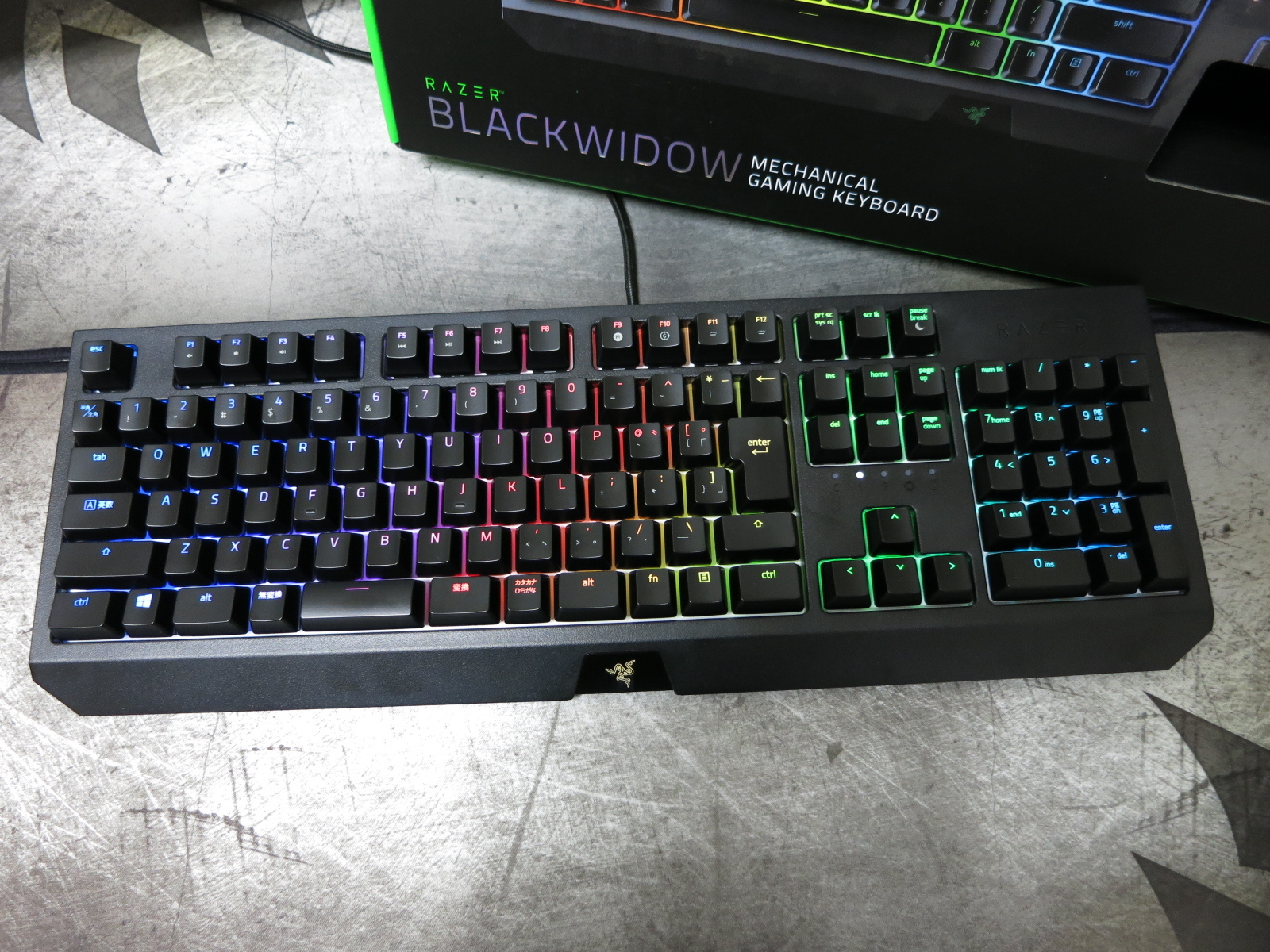 Razer_BlackWidow_2019_08.jpg