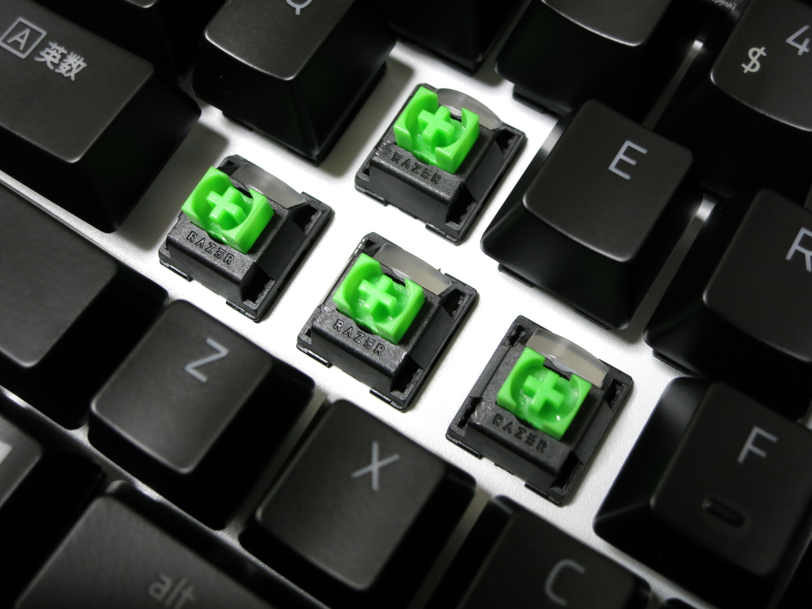 Razer_BlackWidow_2019_32.jpg