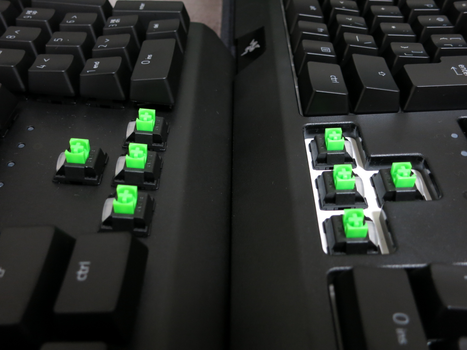 Razer_BlackWidow_2019vsElite_17b.jpg