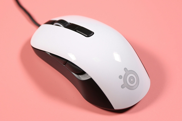 Steelseries_Rival_106_08.jpg
