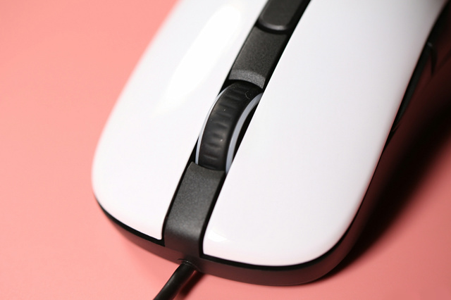 Steelseries_Rival_106_11.jpg