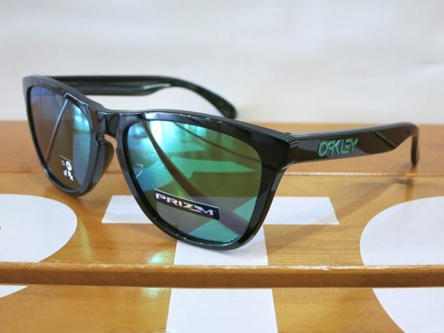 Oakley19Frogskins2
