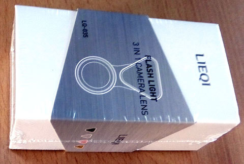 スマホ用拡張レンズの箱