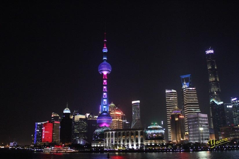 上海へ 6 夜の上海