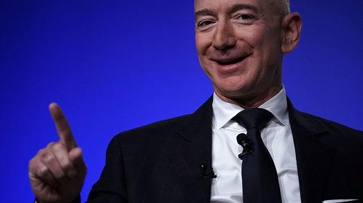 Amazonが3千もの人工衛星から世界中にインターネットを提供する計画が明らかに①
