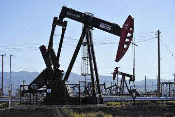 blog 3 Taft, Oil Wells, CA_DSC7047-3.17.19.jpg