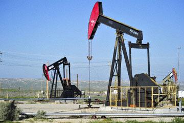 blog 3 Taft, Oil Wells, CA_DSC7044-3.17.19.jpg