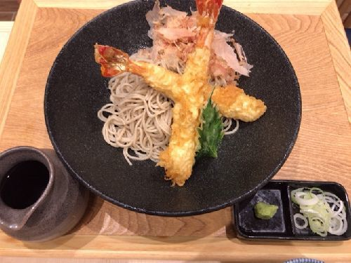 天ぷらそば唐さわ お茶の水サンクレール店(小かつ丼とせいろ、大海老天ぶっかけ、天盛りせいろの天婦羅だけを単品で)