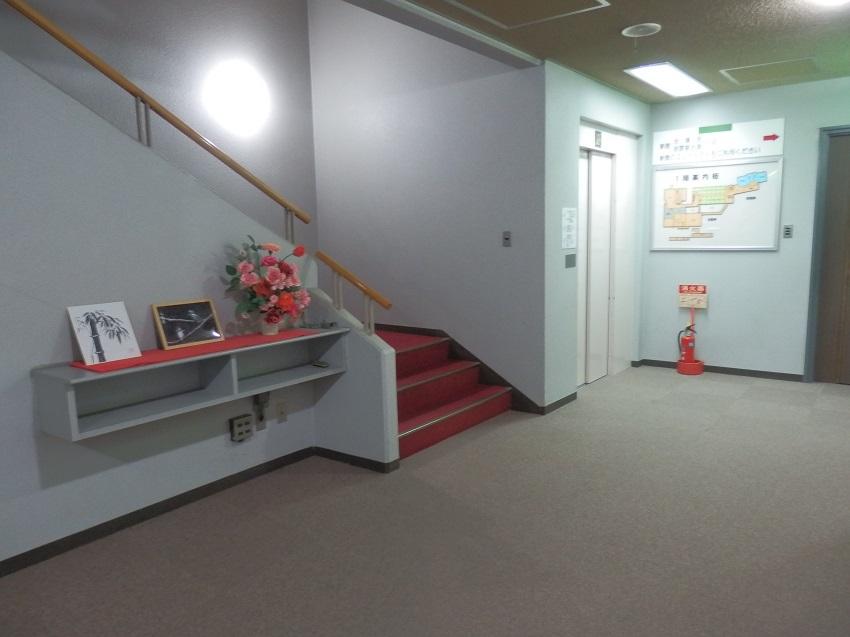 本館エレベーターホール