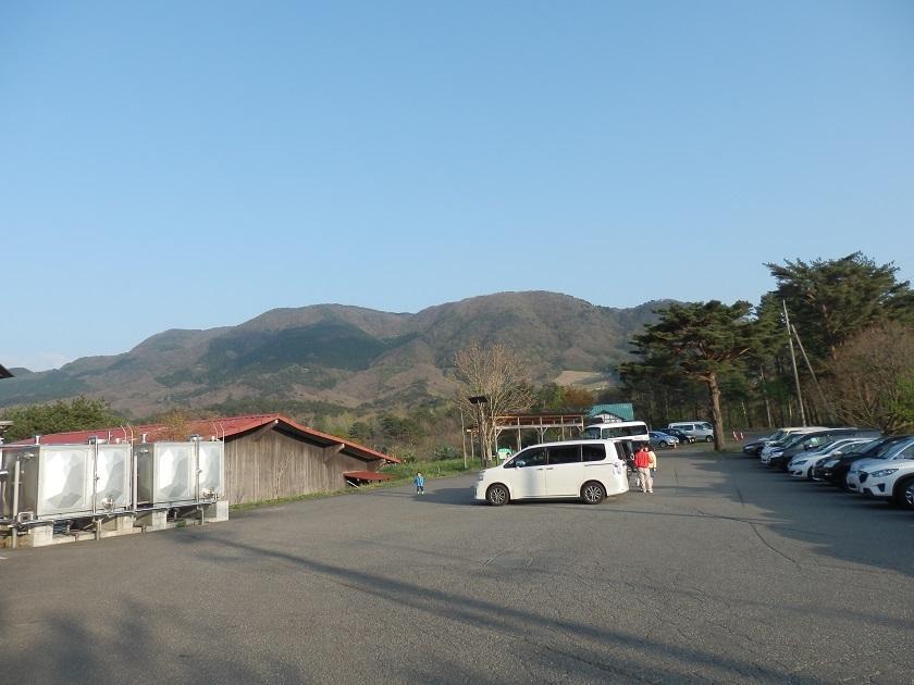津黒高原荘 駐車場