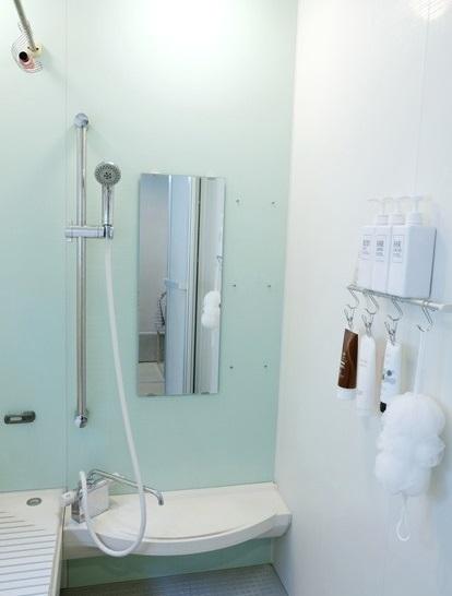 無印・のびのびボディーネット・セリア・ハンギング ステンレスソープホルダー・浴室①