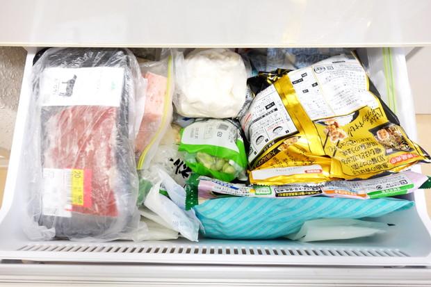 冷蔵庫・冷凍室・下段①