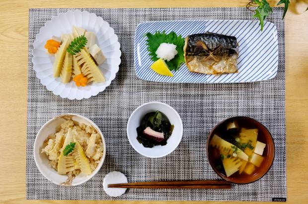 白山陶器・鯖の塩焼き・筍ごはん・筍の煮物・料理①
