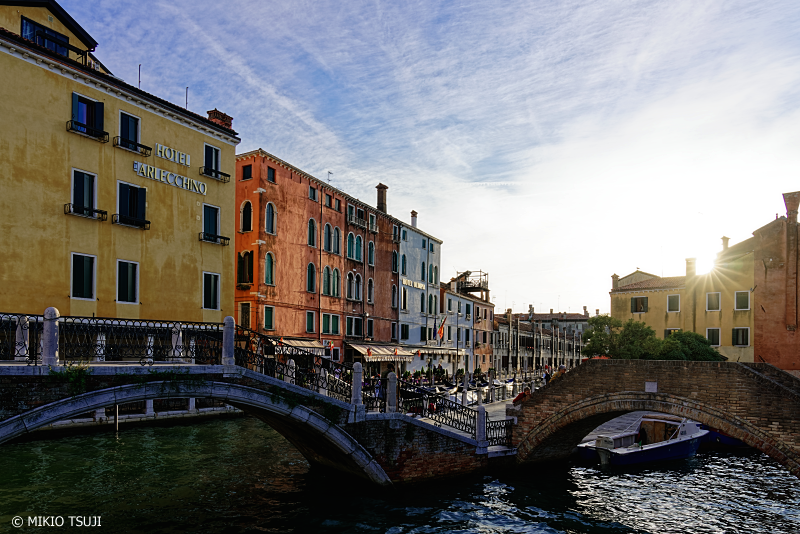 絶景探しの旅 - 0874 運河と落ちる太陽 (イタリア ベネチア)