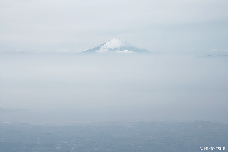 絶景探しの旅 - 0877 ホワイト富士山 (千葉県上空)