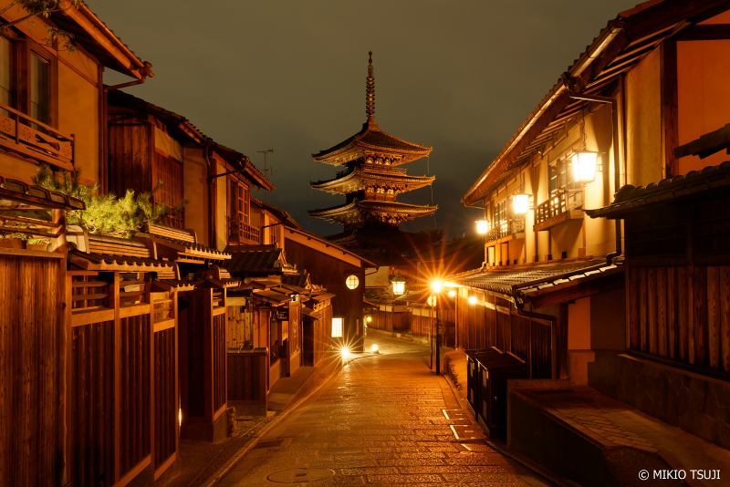 絶景探しの旅 - 0888 八坂の塔の夜景(京都市 東山区 )