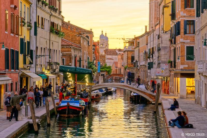 絶景探しの旅 - 0904 夕刻の賑わう街 (イタリア ベネチア)