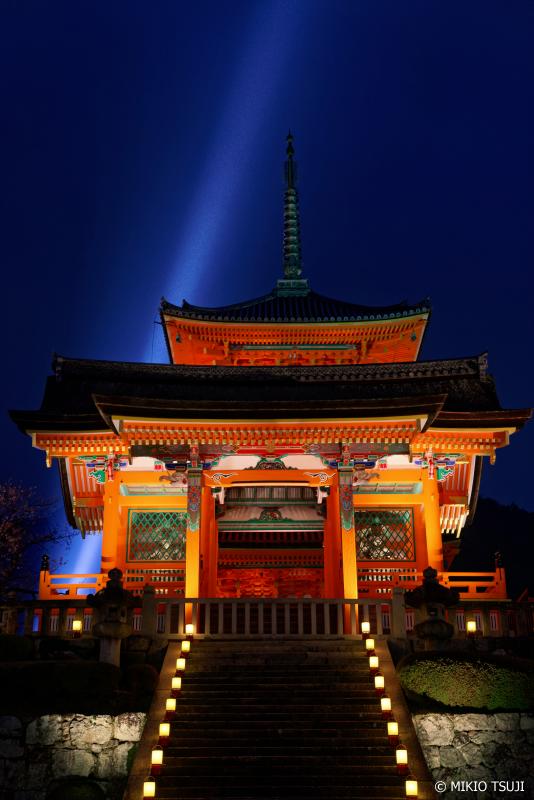 絶景探しの旅 - 0908 極楽浄土への入り口 清水寺・西門のライトアップ (京都市 東山区)