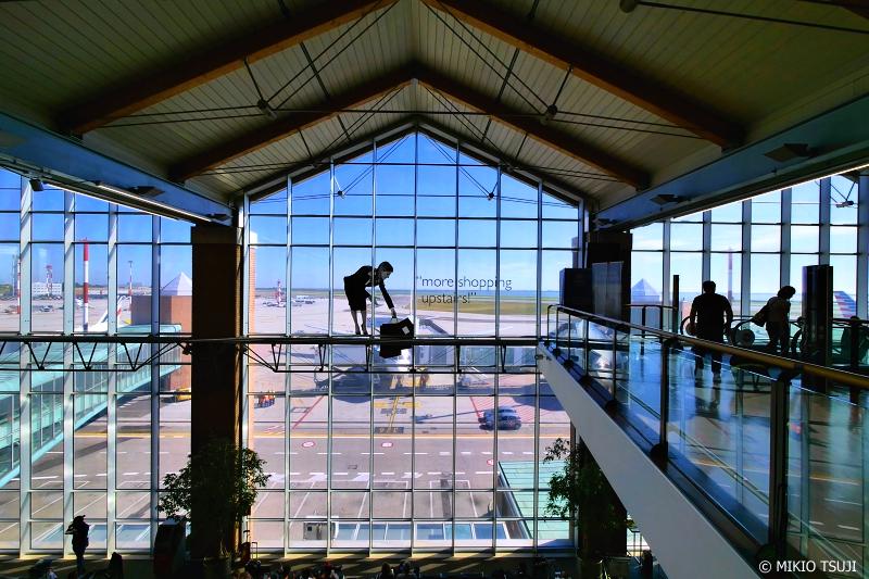 絶景探しの旅 - 0940 マルコ・ポーロ国際空港にて (イタリア ベネチア)