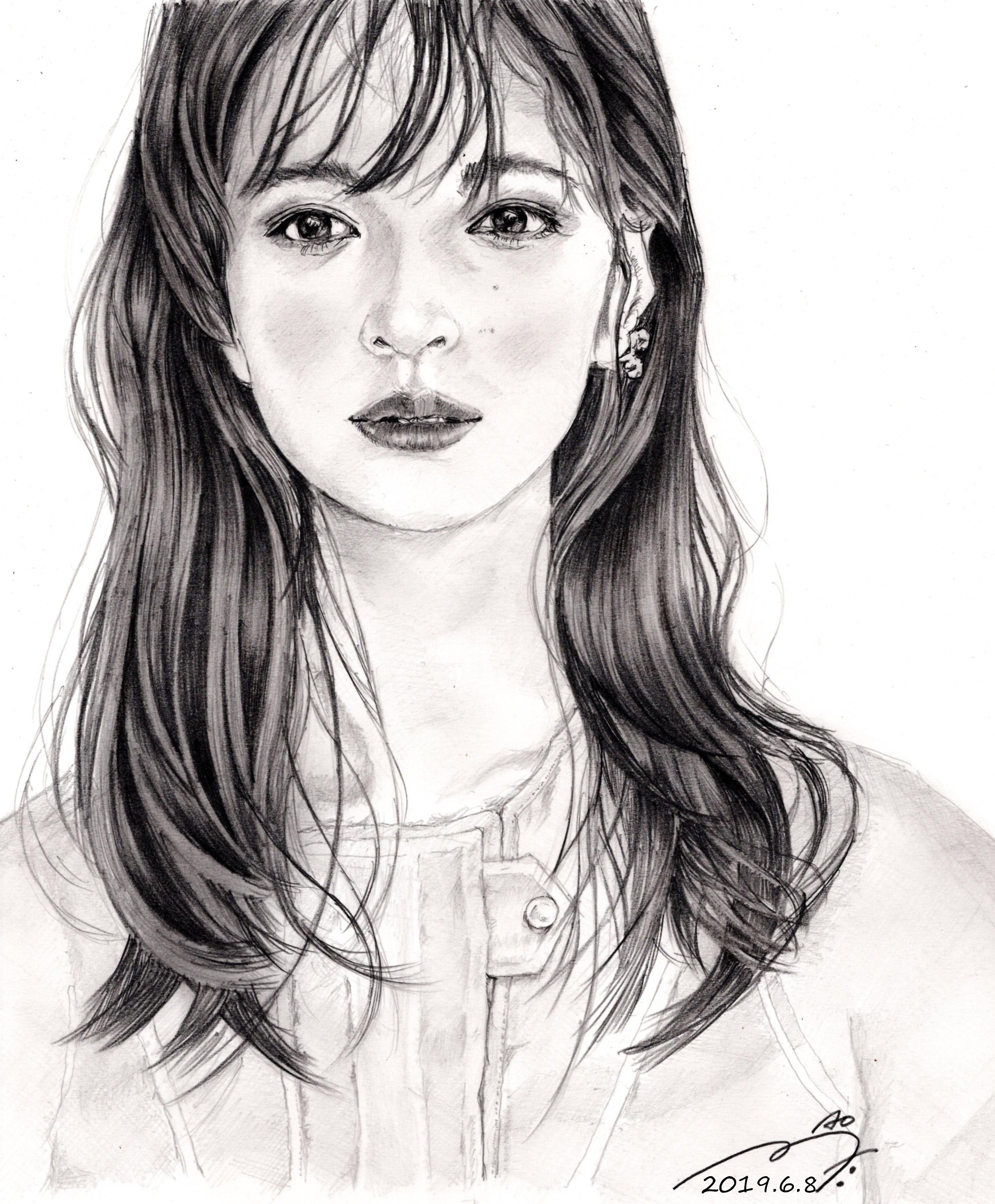 森絵梨佳の鉛筆画似顔絵